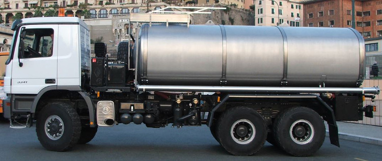 Mercedes-Benz off-road truck chassis with super heavy duty 20.000 ltr. stainless steel water tank superstructure.